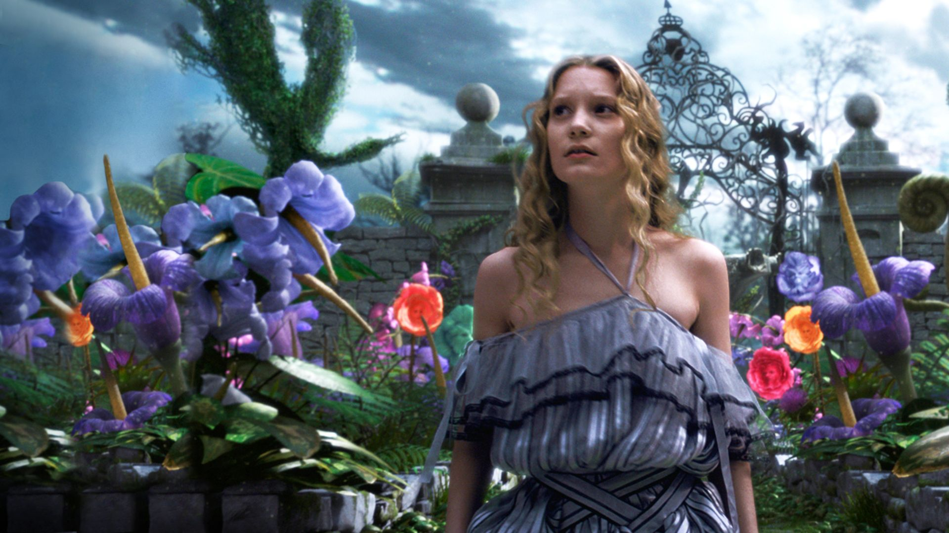 Image result for Alice in Wonderland (2010)